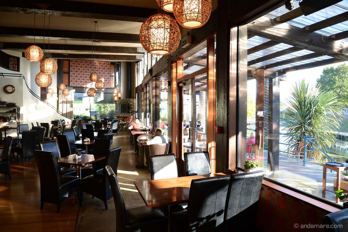 Raupo Cafe