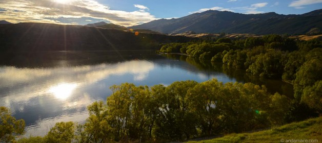 Arrowtown: Running the Lake Hayes Walkway (loop)